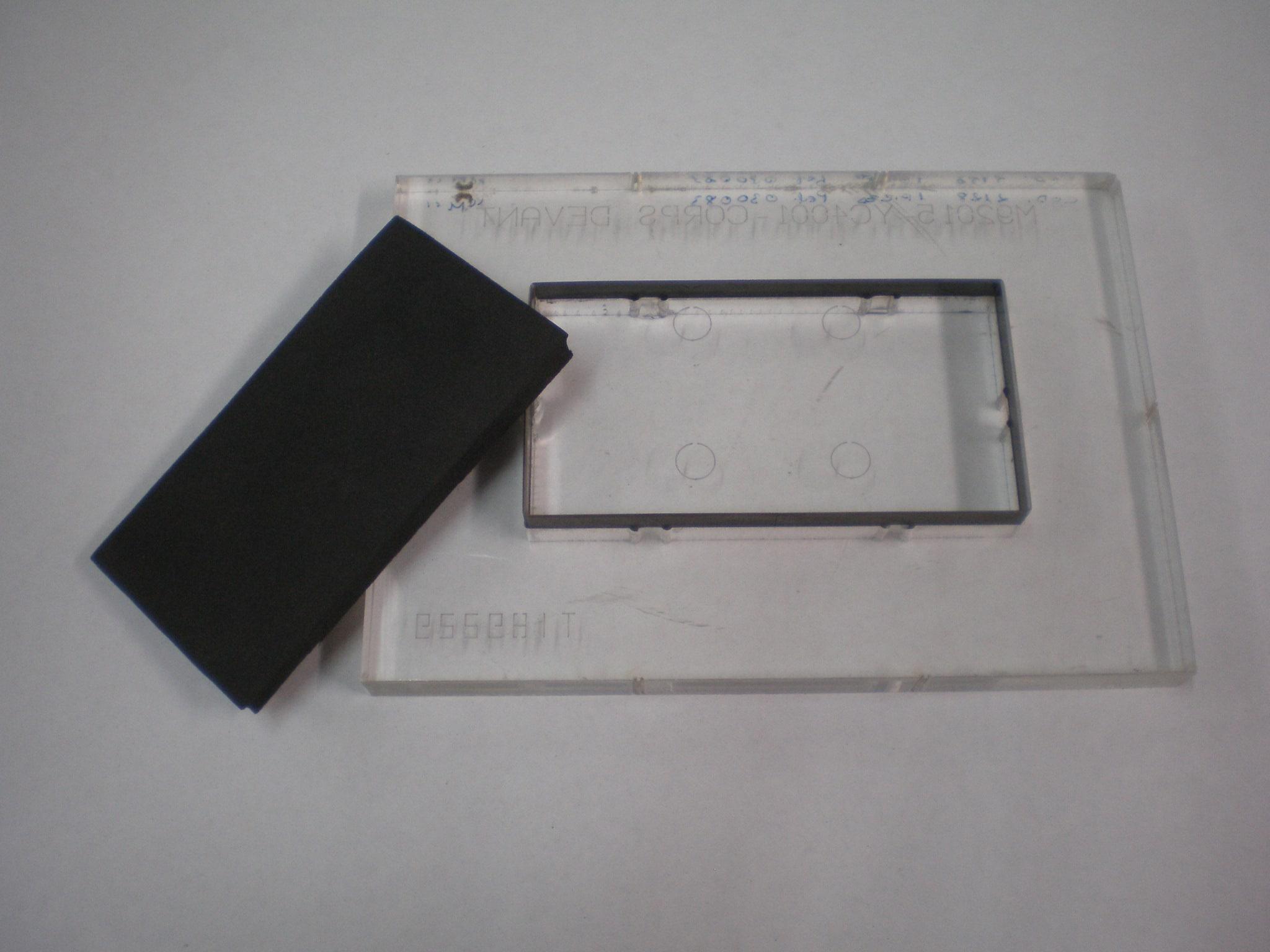 formes de découpe en méthacrylate